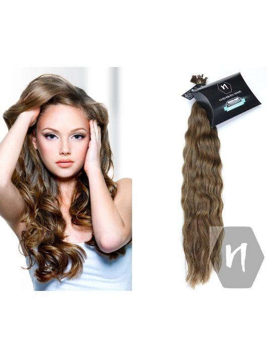 Világos göndör erősen hullámos európai szőke póthaj hajkereskedés Nadabán Hair Budapest